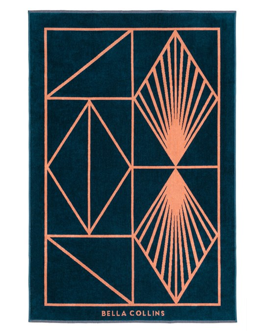 Bella Collins Beach Towel Shapes Sailor Blue/blooming Dahlia