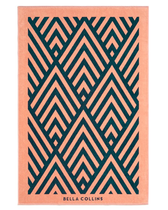 Bella Collins Beach Towel Illusions  Sailor Blue/blooming Dahlia