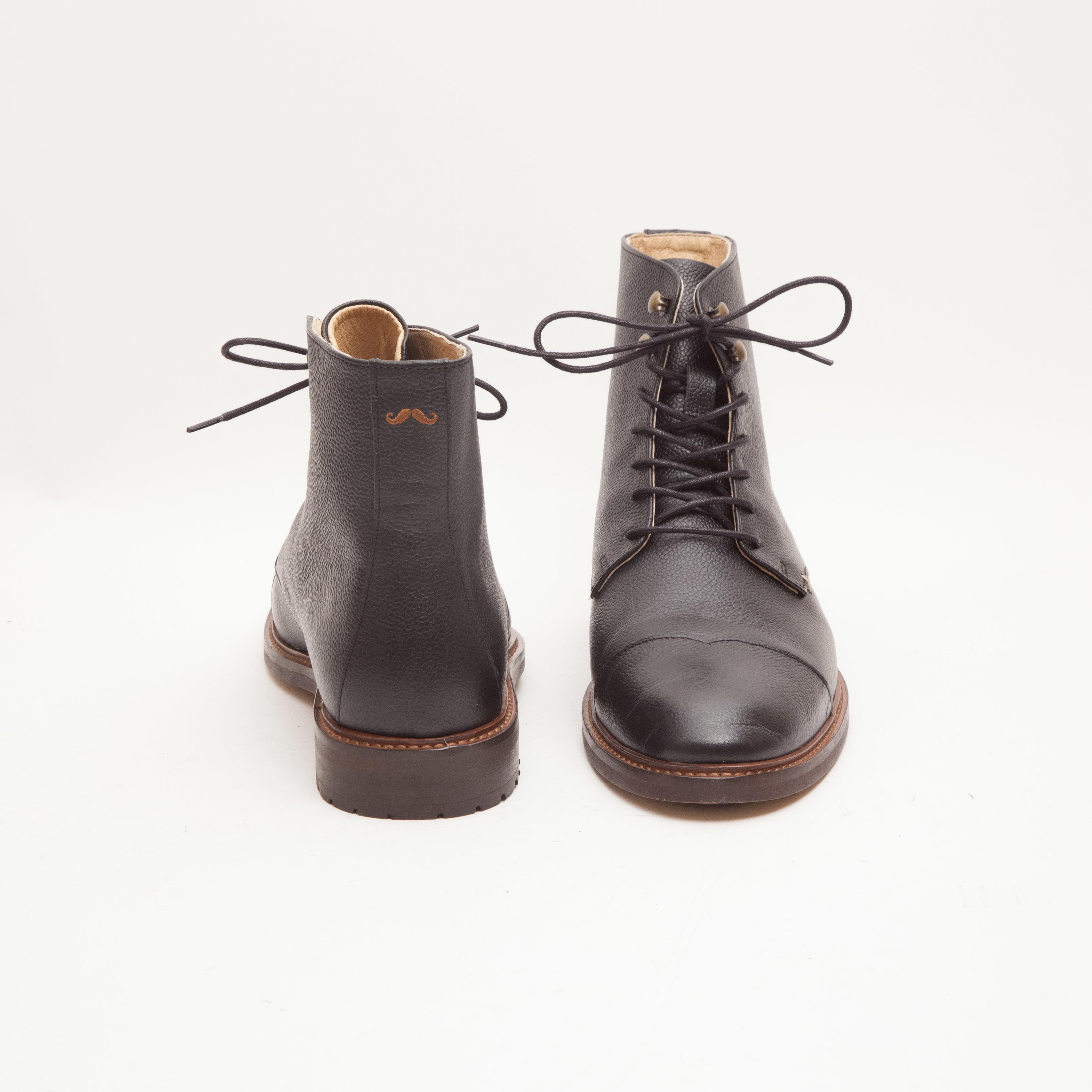 M Moustache Ankel boots Black | Upp till 70% |