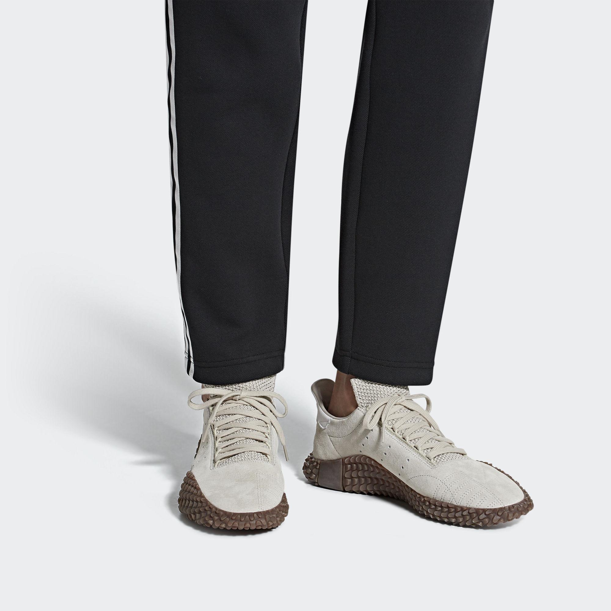 Kamanda 01 Shoes shop 25 70%   Gratis retourneren   Afound