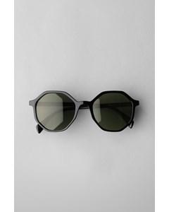 Resort Hexagon Sunglasses Black
