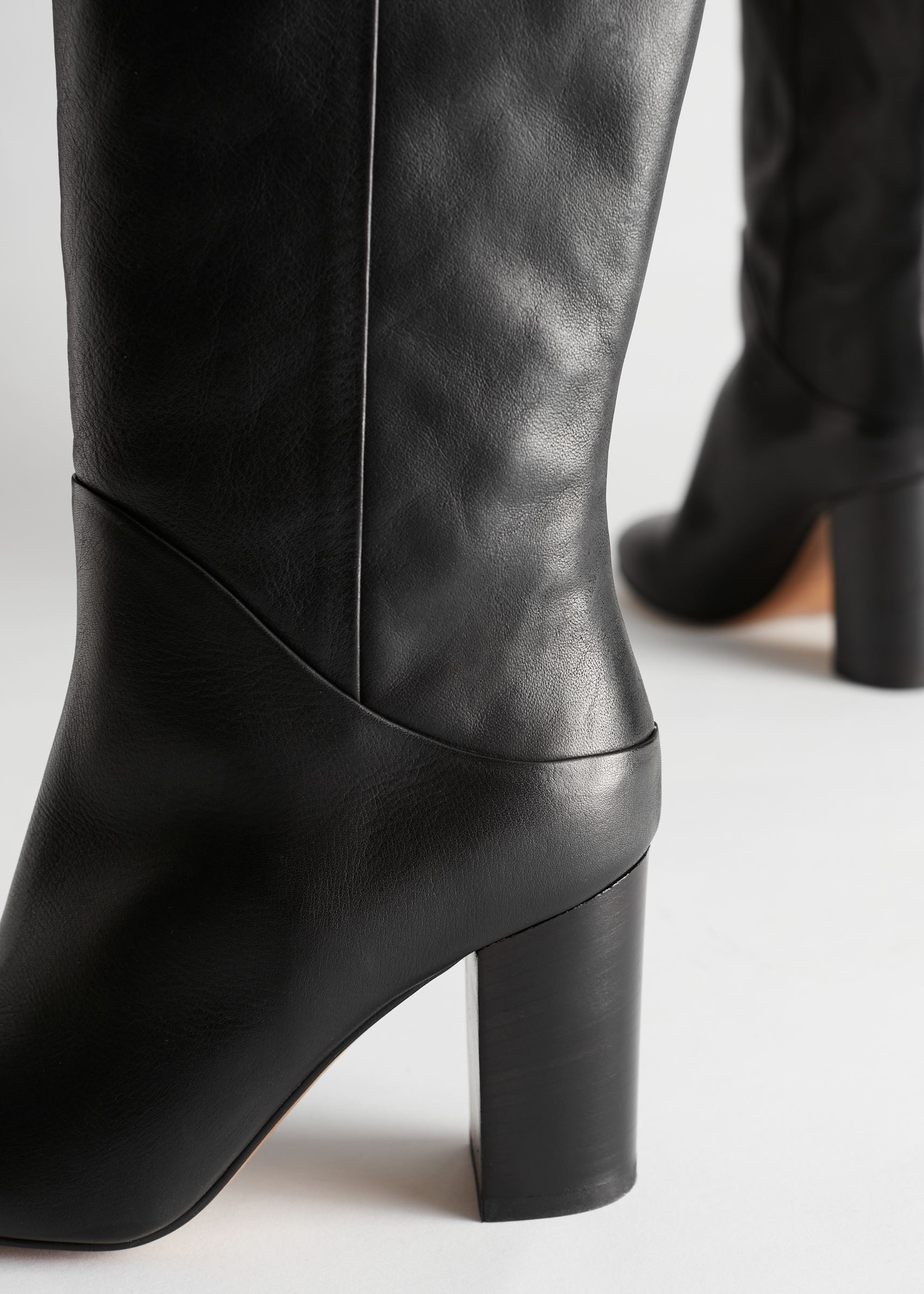 Chrome Free Tanned Leather Knee High Boots Black   Upp till