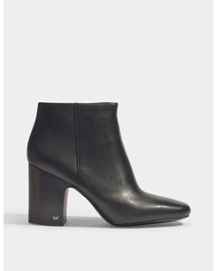 Elaine Boots In Black Smooth Calfskin 001black