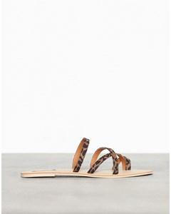 Mixed Strap Sandal Leo