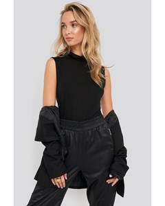 Turtle Neck Sleeveless Ribbed Jersey Top Black