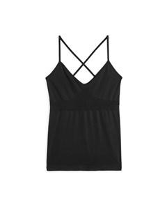 Seamless™ Yoga Cross-back Top Black