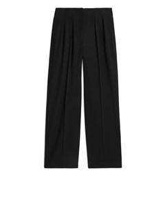 Wide Fluid Wool Trousers Black